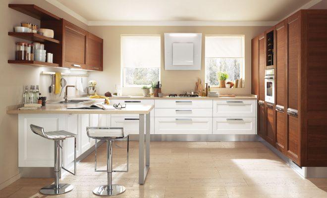 moderná kuchyňa GEORGIA od LUBE s masívnymi dvierkami v bielej a čerešňovej farbe