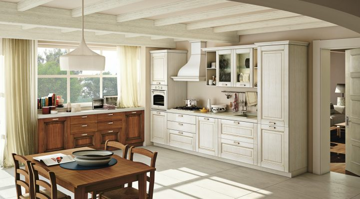 OPRAH - klasická kuchyňa s masívnymi dvierkami s priznanou textúrou dreva v bielom a orechovom dekore
