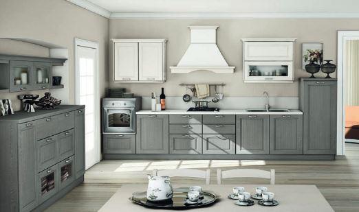 RAILA - klasická kuchyňa od spoločnosti CREO s masívnymi jaseňovými dvierkami v sivej a bielej farbe