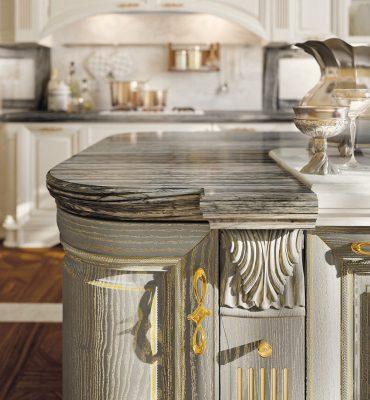 PANTHEON - detailne prepracované dvierka v olivovej farbe patinované zlatom